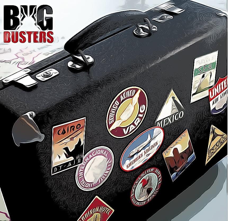 Matkalaukku olisi hyvä pitää matkalaukkutelineessä luteiden varalta.